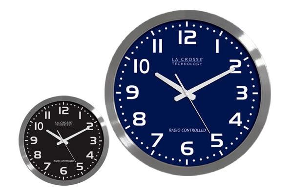 Atomic Wall Clock From La Crosse Technology